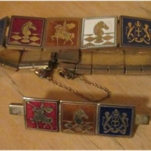 Jewelry - VINTAGE Enamel Knights Coat of Arms